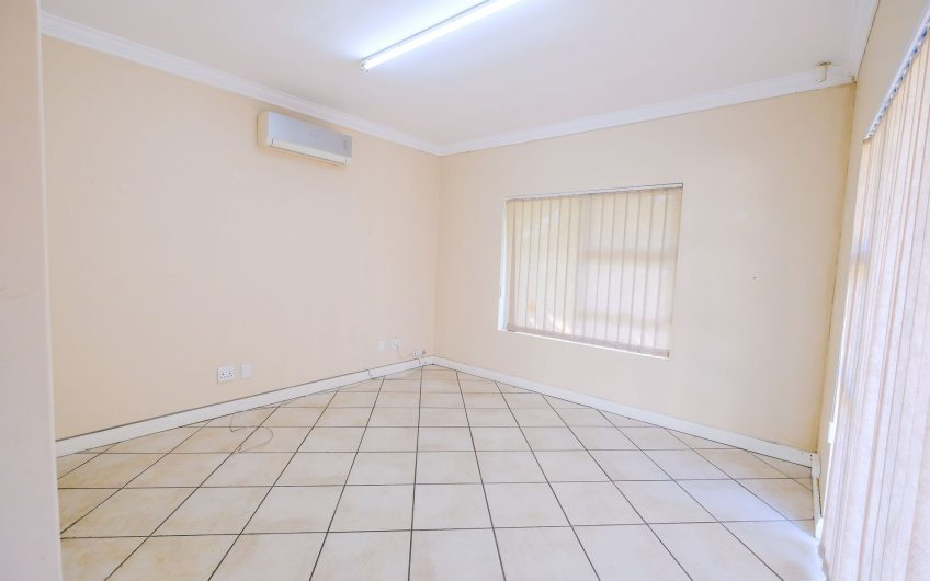 BONZA BAY ROAD || COMMERCIAL OFFICES