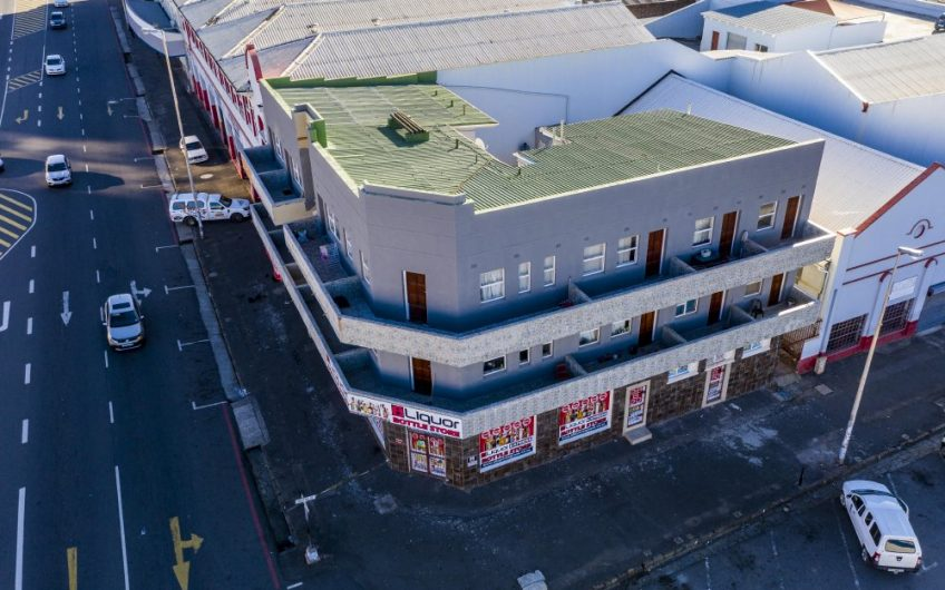 INVESTMENT PROPERTY ON AUCTION || 2 RETAIL AND 14 FLATS