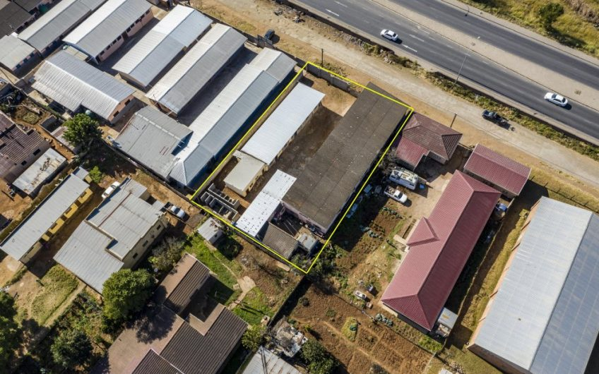 ERF 1517, COMMERCIAL BUILDING || 1st AVENUE NO.85 NORWOOD, MTHATHA