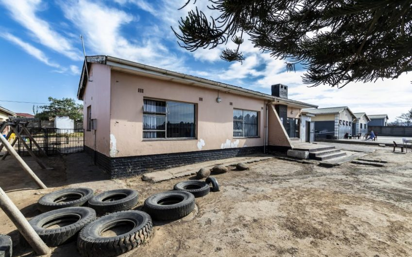 Erf 1528: 95 First Ave, Norwood, Mthatha.