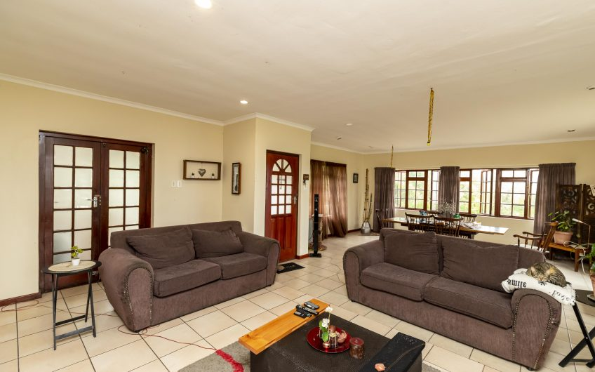 39ha Farm with 2 House on Auction